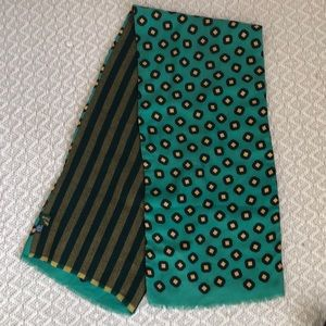 Longchamp Wool + Silk Green Scarf Made in Italy